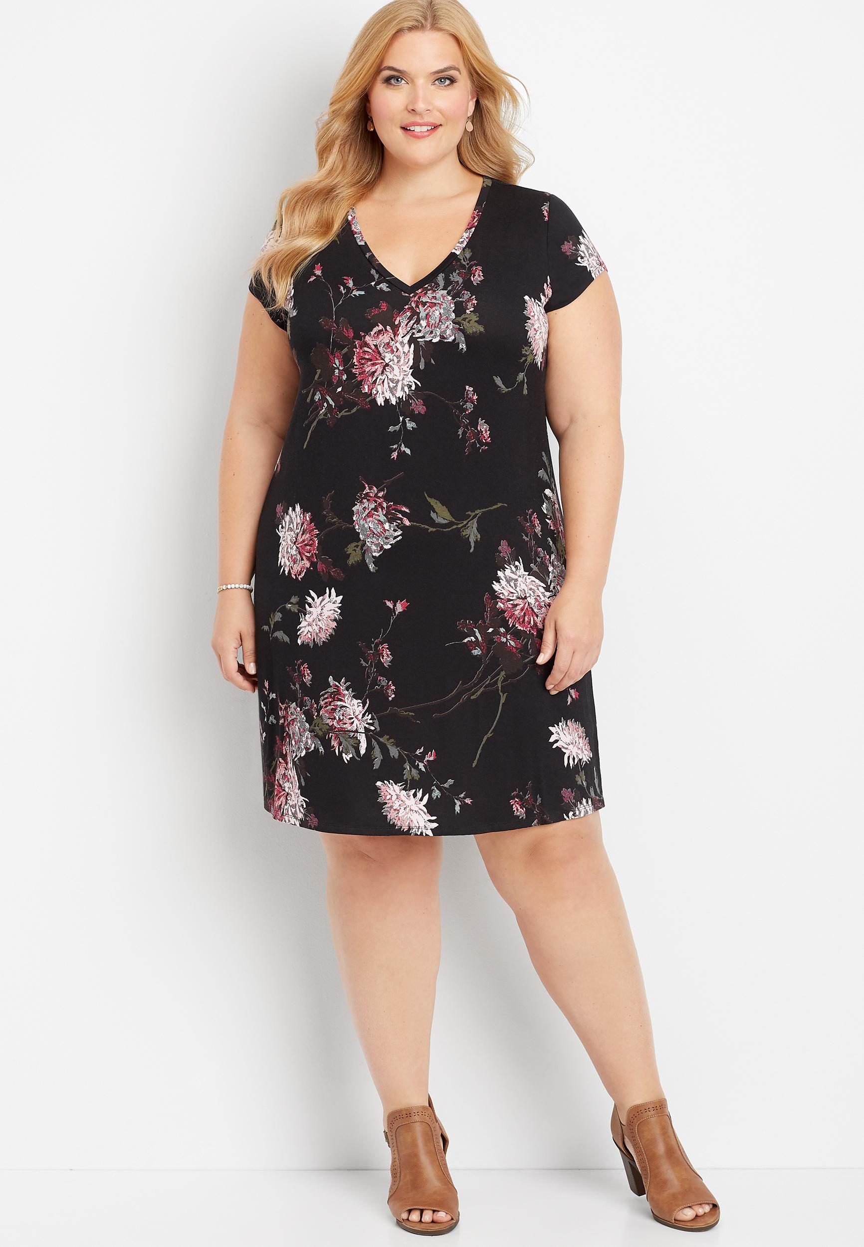 plus size 24/7 v-neck floral t-shirt dress