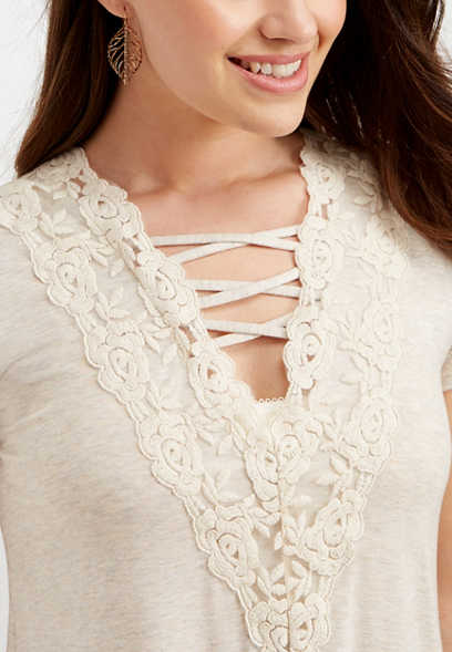 lattice v-neck solid lace tee