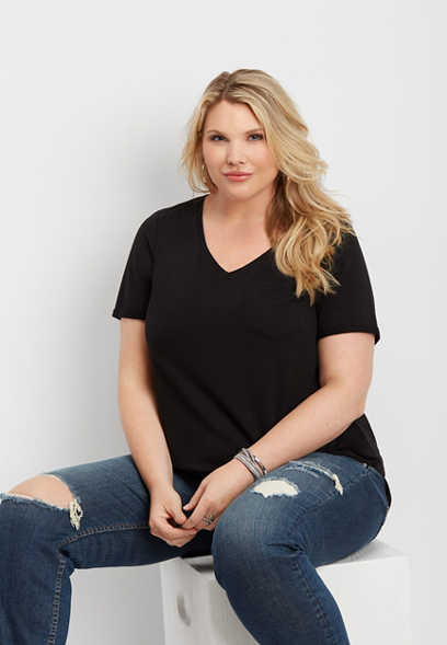 plus size 24/7 v-neck step hem tee