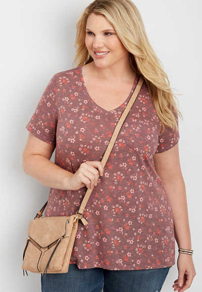 plus size 24/7 v-neck step hem floral tee