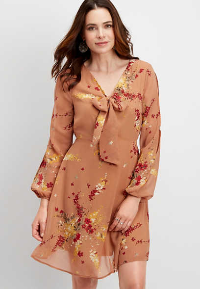 slit sleeve floral tie neck dress