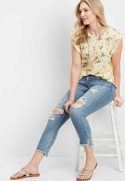 DenimFlex™ destructed step hem crop jean