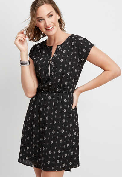 o-ring zipper neckline patterned dress