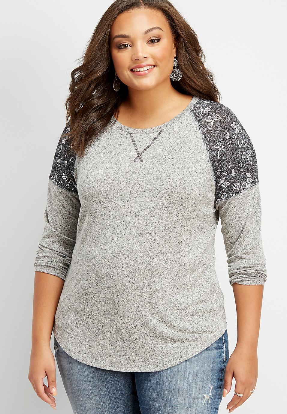 fe1bd52a plus size 24/7 paisley shoulder baseball tee | maurices