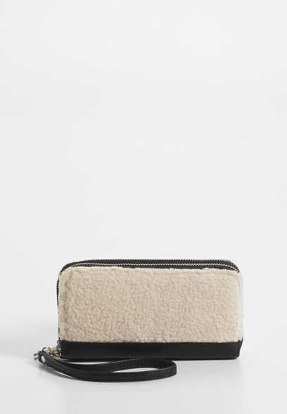 sherpa zip around wallet
