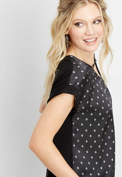 patterned elevated front hardware tee