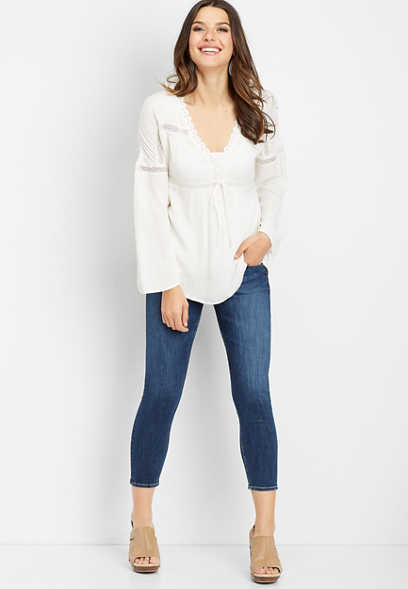 Silver Jeans Co.® tie front peasant top