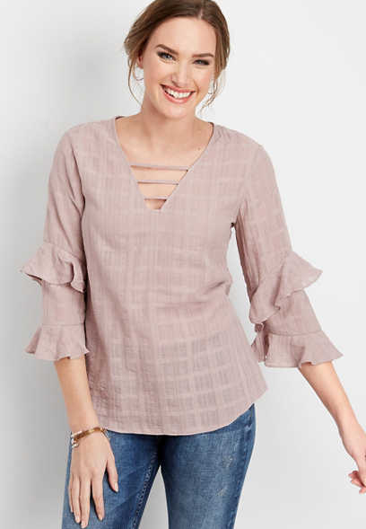 ruffled lattice neck woven pullover