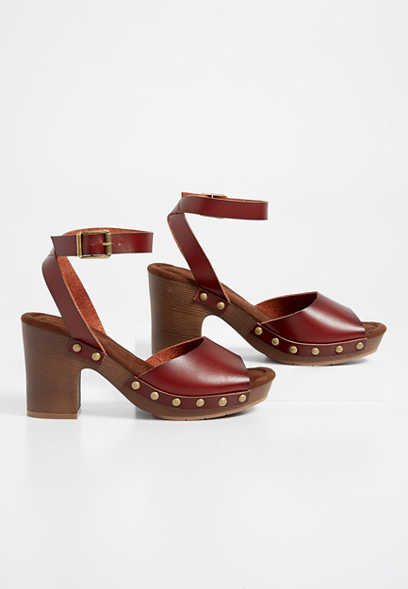 Ester wood block heel