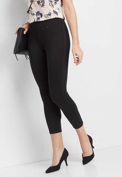 black stretchy knit crop pant