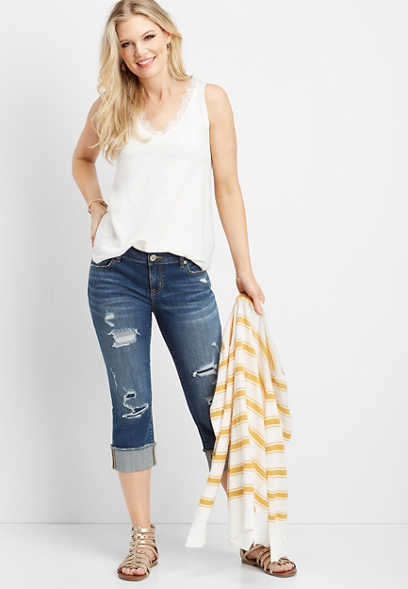 DenimFlex™ backed destructed cuff capri
