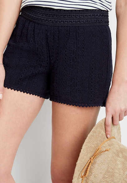 navy lace pull on 3.5in short