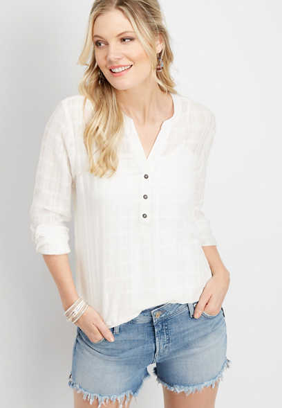 solid button v-neck popover top