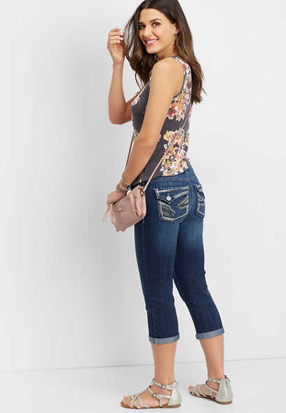 DenimFlex™ embellished pocket cropped jean