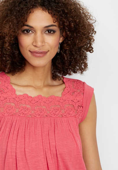sleeveless lace solid top