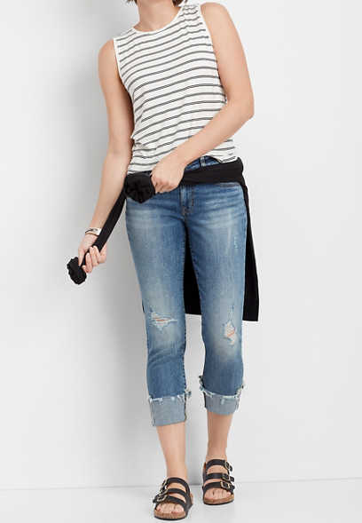 DenimFlex™ destructed fray hem boyfriend crop jean