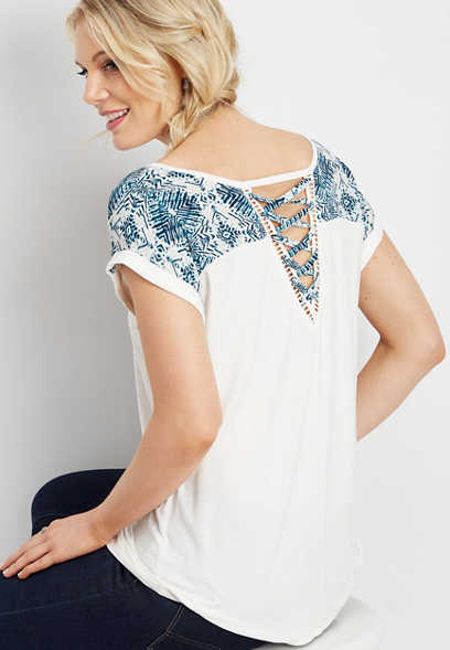 printed yoke lattice back tee