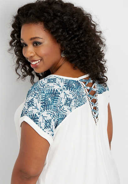 plus size printed yoke lattice back tee