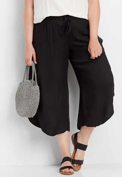 plus size black flyaway crop pant