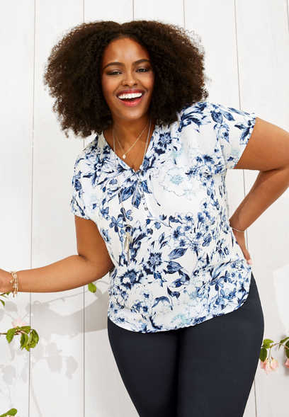 plus size floral hook and eye v-neck top