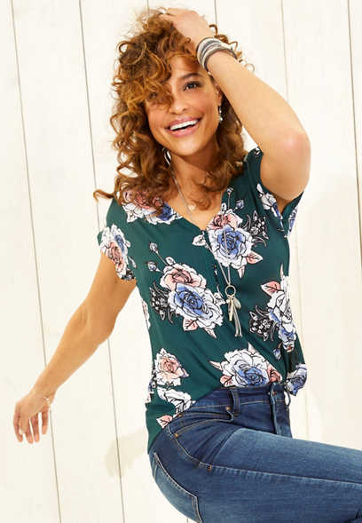 floral hook and eye v-neck top 3c99c90a2edf