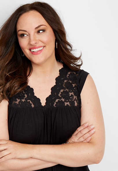 plus size crocheted yoke v-neck tank