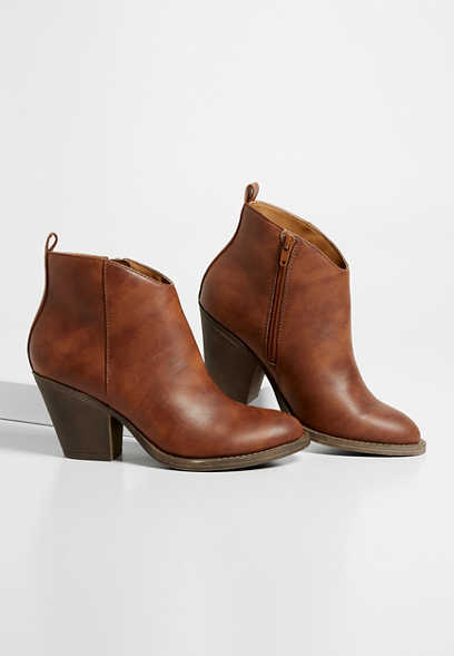 Roxie solid ankle bootie