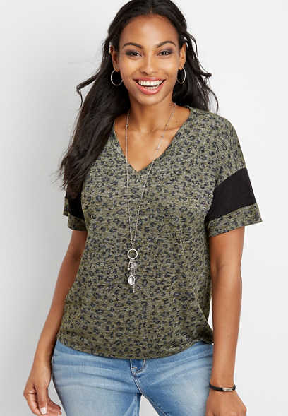 24/7 animal print cropped baseball tee