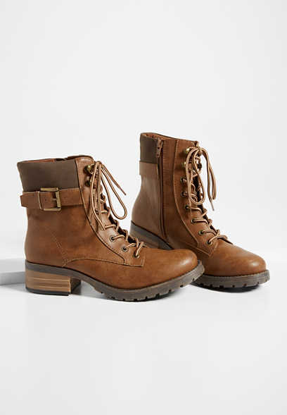 Winona side buckle hiker boot