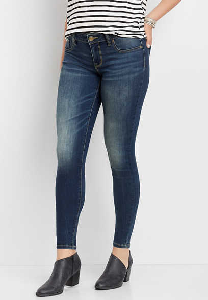 dark wash jegging made with REPREVE®