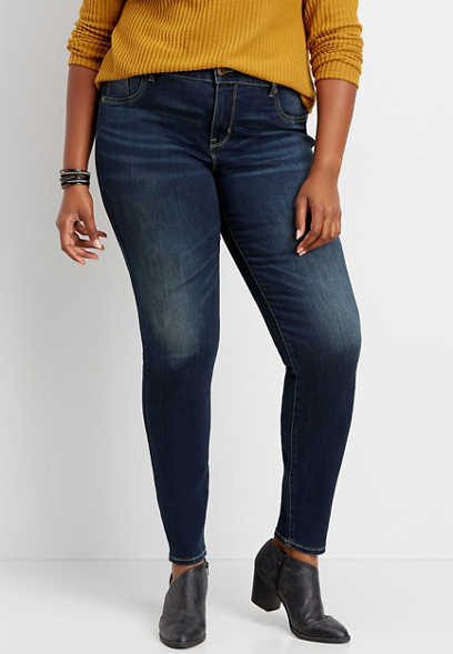 plus size dark wash jegging made with REPREVE®