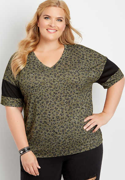 plus size 24/7 animal print cropped baseball tee
