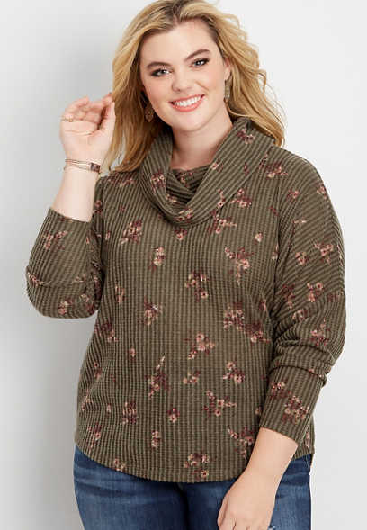 plus size ditsy floral lace up back cowl neck pullover