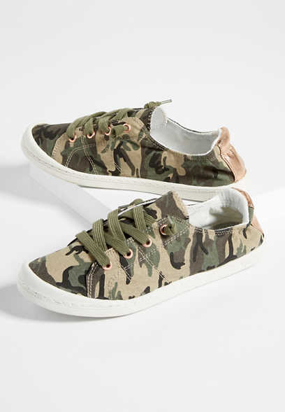 Mariah camo lace up sneaker