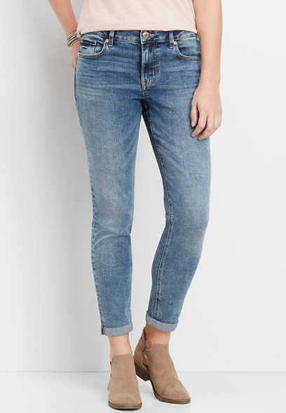 DenimFlex™ medium wash cuffed boyfriend jean