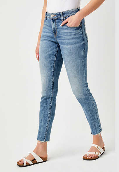 DenimFlex™ vintage medium wash shredded hem jegging