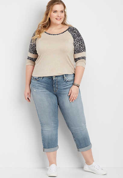 Plus Size Silver Jeans Co.® Suki Medium Wash Capri