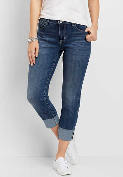 DenimFlex™ Medium Wash Cropped Boyfriend Jean
