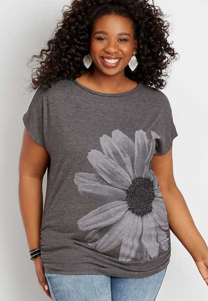 plus size sunflower graphic tee