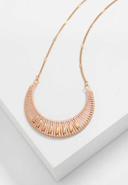threaded crescent pendant necklace