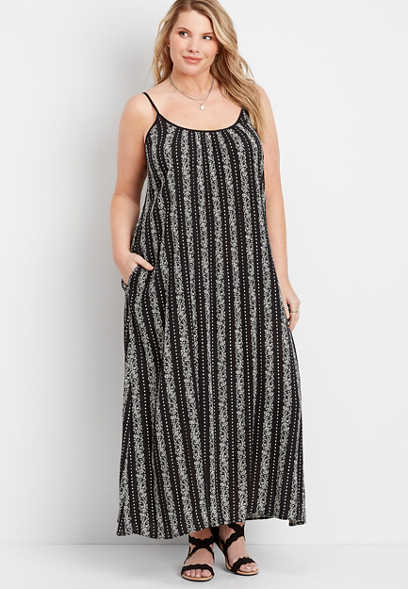Plus Size Paisley Print Maxi Dress