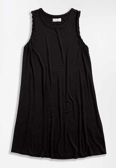 24/7 Solid Black Twisted Arm Shift Dress