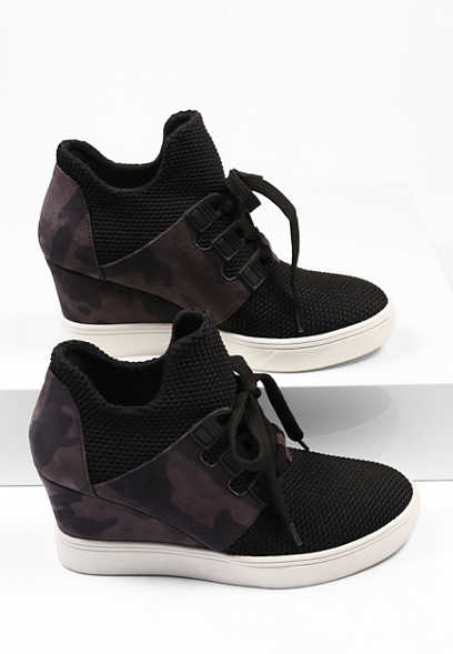 Genna Knit Wedge Sneaker