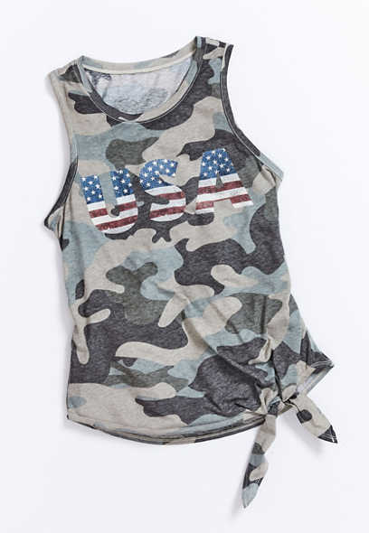 Plus Size Camo USA Graphic Tank Top