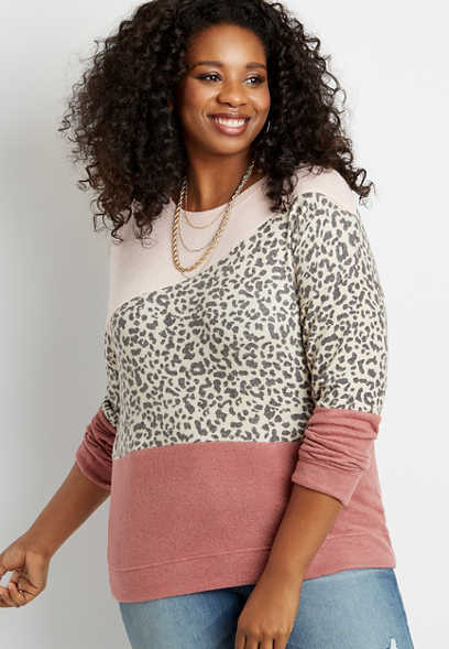 Plus Size Leopard Colorblock Straight Hem Pullover