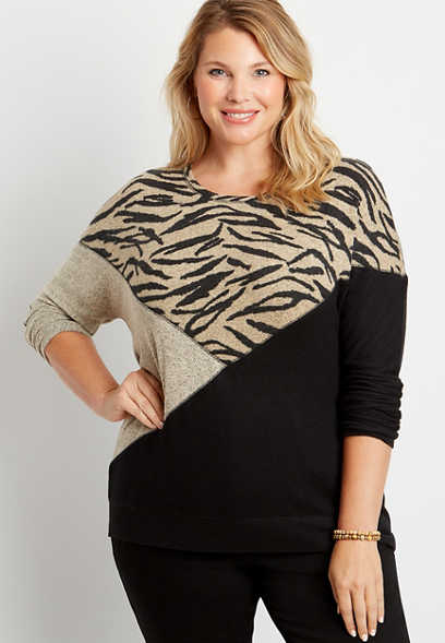 Plus Size Animal Colorblock Straight Hem Pullover