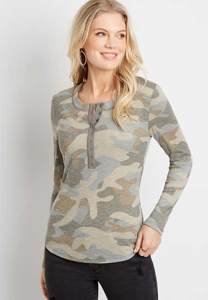 24/7 Camo Long Sleeve Henley Fitted Tee