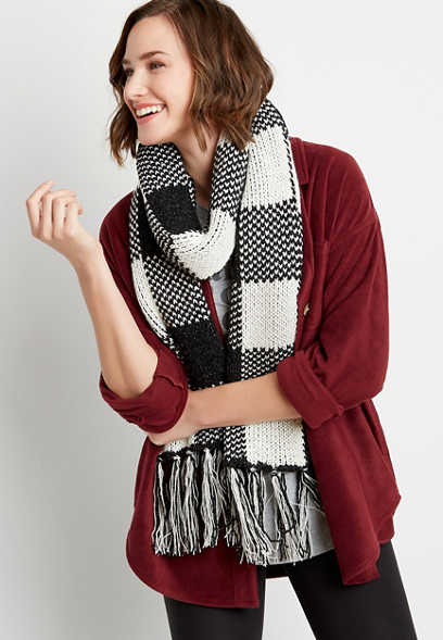 Buffalo Plaid Metallic Oblong Scarf