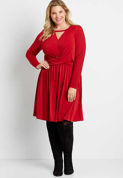 Plus Size Red Twist Waist Cut Out Neck Mini Dress