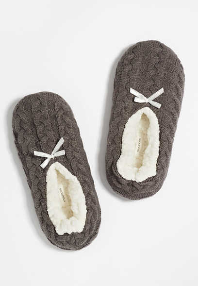 Gray Cable Knit Slipper Socks